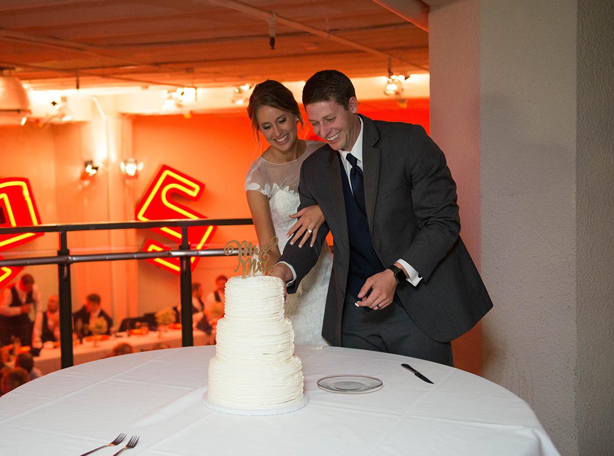 firestone-building-kansas-city-wedding0044