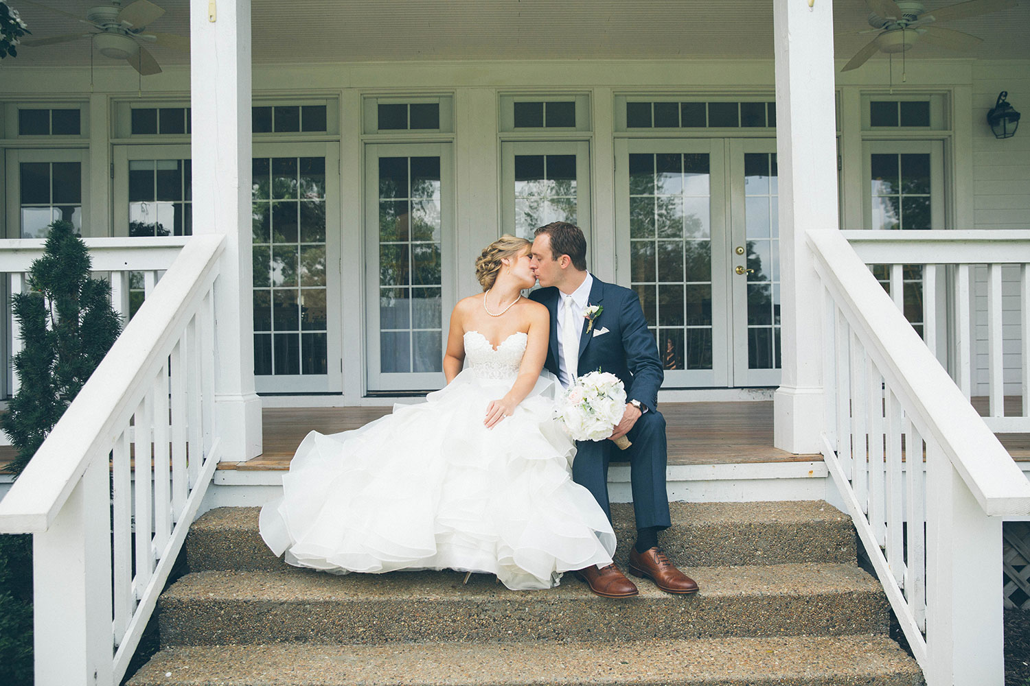 Ashley + Kyle – Hawthorne House Kansas City Wedding